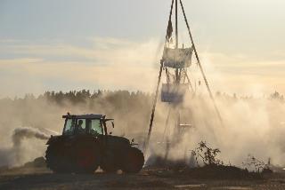Montag Abend: Gewaltsame Räumung des Camps durch einen Mob aggressiver Agrarindustrieller